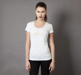 Tee shirt blanc : le vêtement incontournable et basique