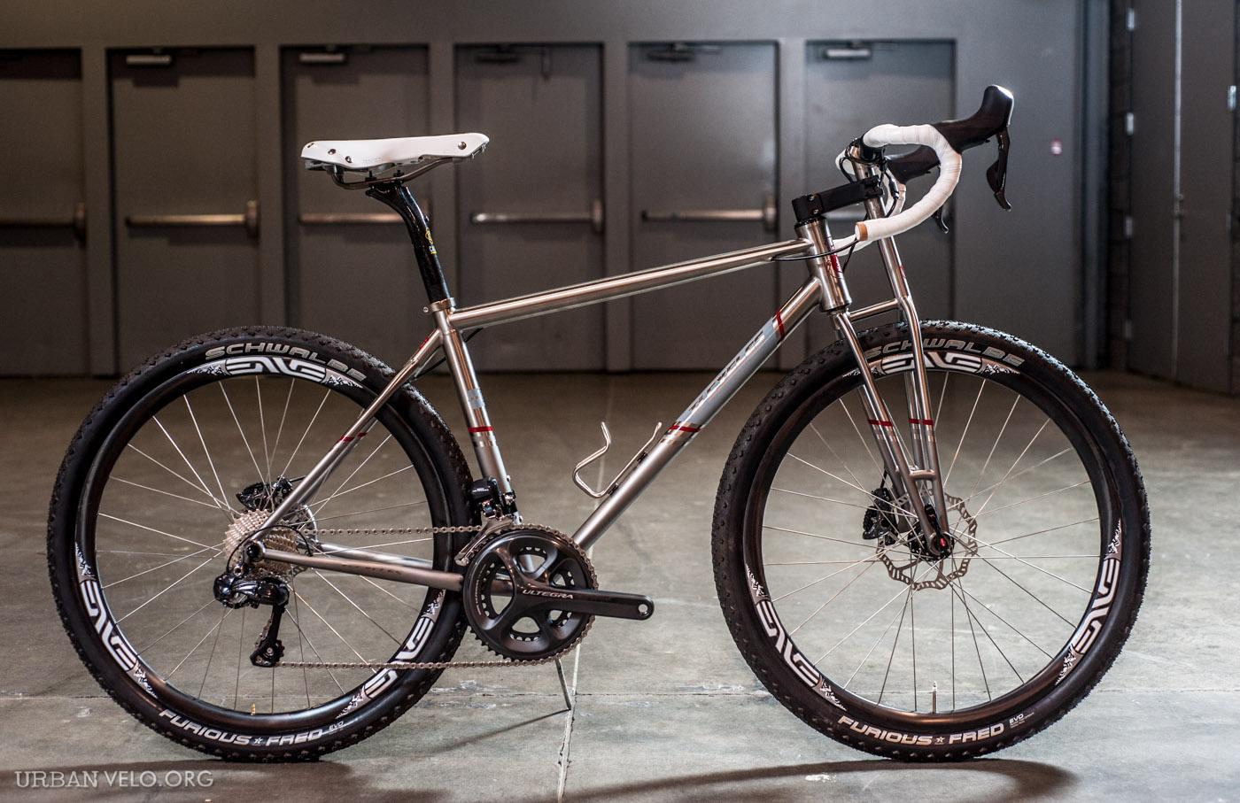 J'ai acheté un gravel bike : je vous en parle dans mon article